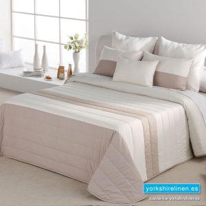 Umbra Beige Bedspread