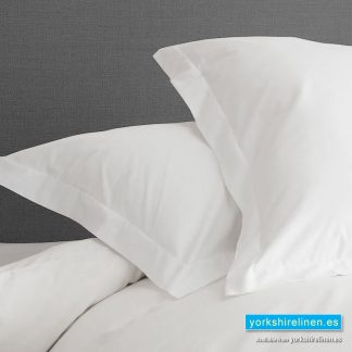 White Egyptian Cotton Oxford Pillowcases 200 Thread Count
