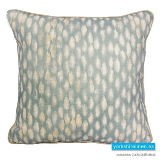 Aquarela Complete Cushion