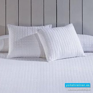 Calgary White Cushion, Bedding from Yorkshire Linen Spain