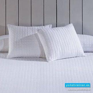 Calgary White Cushion, Bedding from Yorkshire Linen Spain