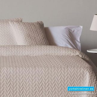 Espiga Beige Bedspread - Bed Linen from Yorkshire Linen Warehouse Spain