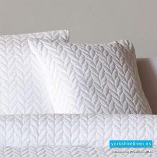 Espiga White Cushion - Bed Linen from Yorkshire Linen Warehouse Spain