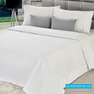 Bambu Cotton Rich Lightweight Bedspread, White