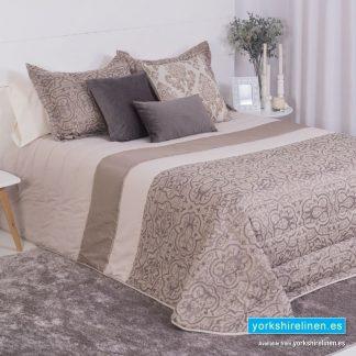 Erina Duvet Cover Set from Yorkshire Linen Warehouse, Mijas Costa, Marbella