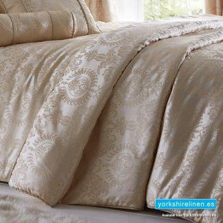 Sandringham Ivory Comforter