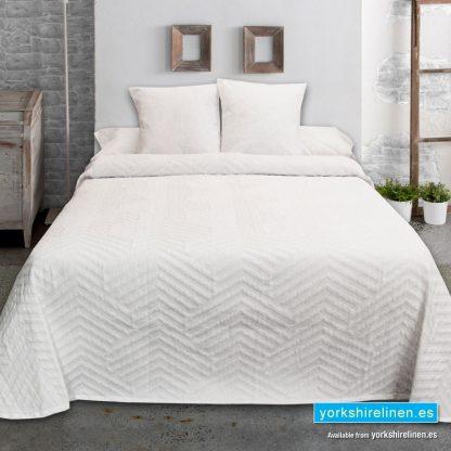 New Espiga Jacquard Bedspread, White - Yorkshire Linen Warehouse Mijas Marbella P02