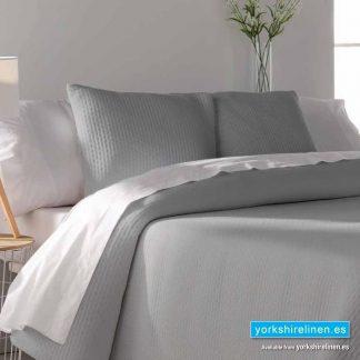 Tarifa Jacquard Bedspread, Soft Silver - Yorkshire Linen Warehouse Mijas Marbella P02