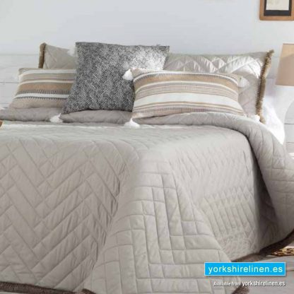 Belaya Tassel Bedspread Beige Yorkshire Linen Warehouse Mijas Marbella Spain P01
