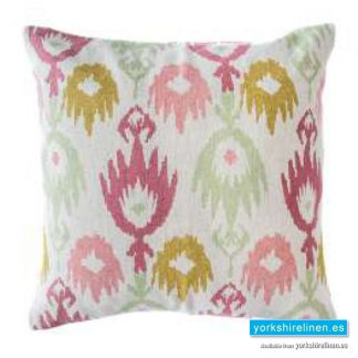 Jackson Raspberry Cushion Cover Yorkshire Linen Warehouse Mijas Marbella Spain P01