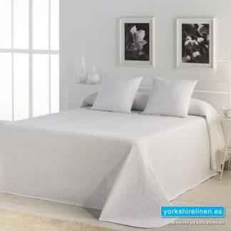 Banus Bedspread White Yorkshire Linen Warehouse Mijas Marbella Spain P01