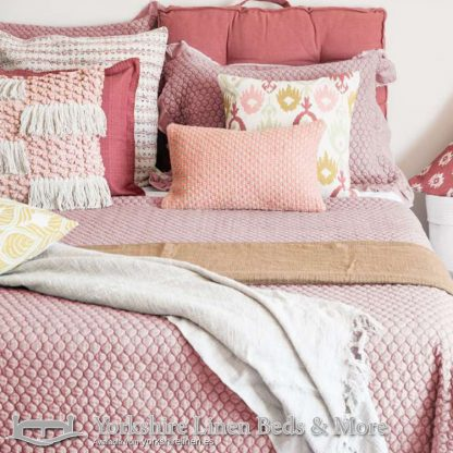 Asher Bedspread, Dusky Pink