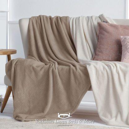 Truman Throw Latte - Yorkshire Linen Beds & More Bed Shops Mijas Costa Marbella P01