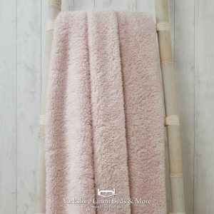 Super Soft Teddy Throws Blush - Yorkshire Linen Beds & More P01