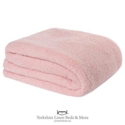Fluffington Supersoft Fleece Throw Blush Pink - Yorkshire Linen Beds & More P01