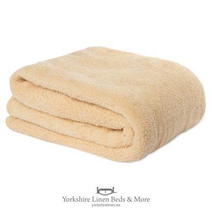 Fluffington Supersoft Fleece Throw Ochre - Yorkshire Linen Beds & More P01